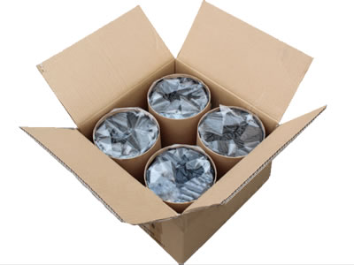 Four pieces of tubbiness butyl sealant are put into a carton box.